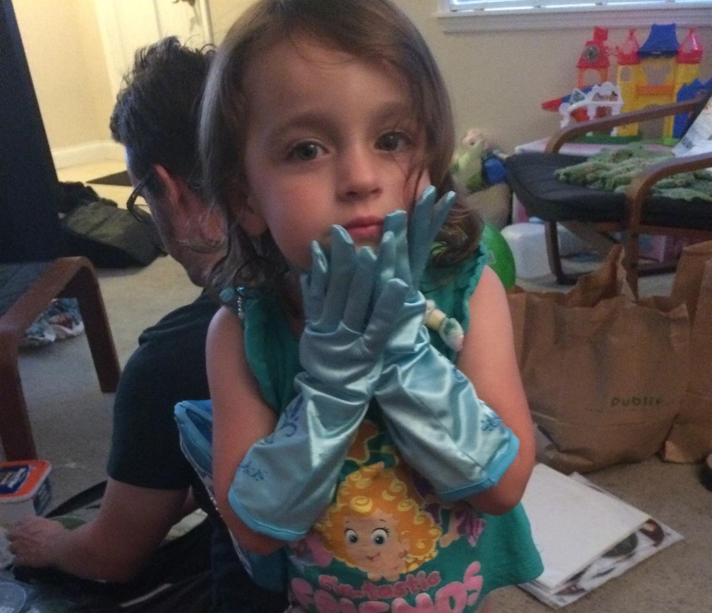 D's new Elsa gloves