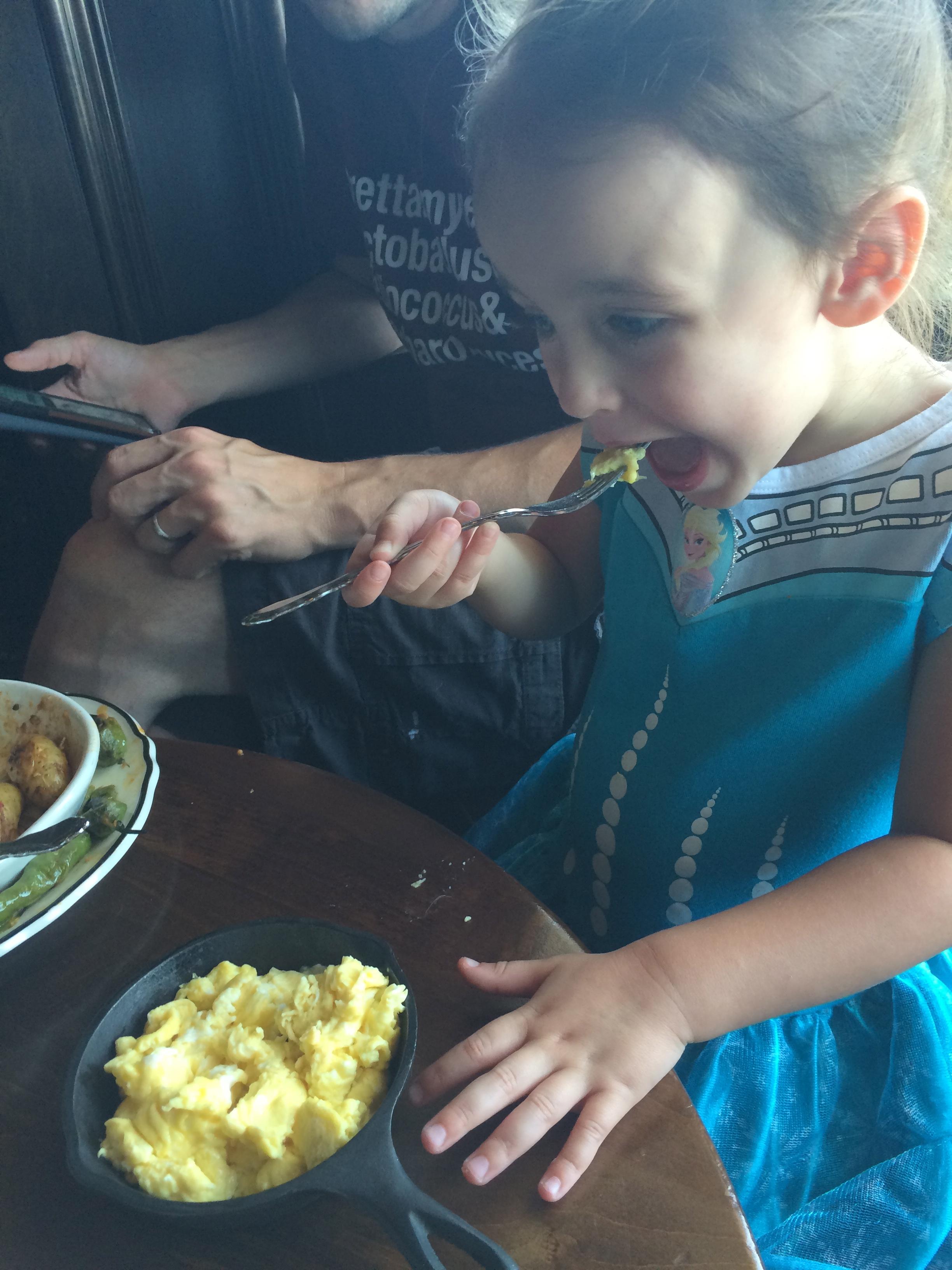 D got her own mini frying pan of eggs