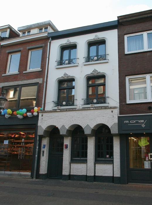 Parade 32, Venlo.jpg