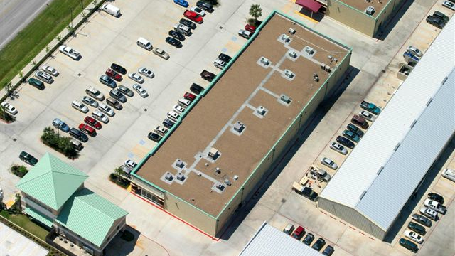 16Silver Lake Shopping Center.jpg