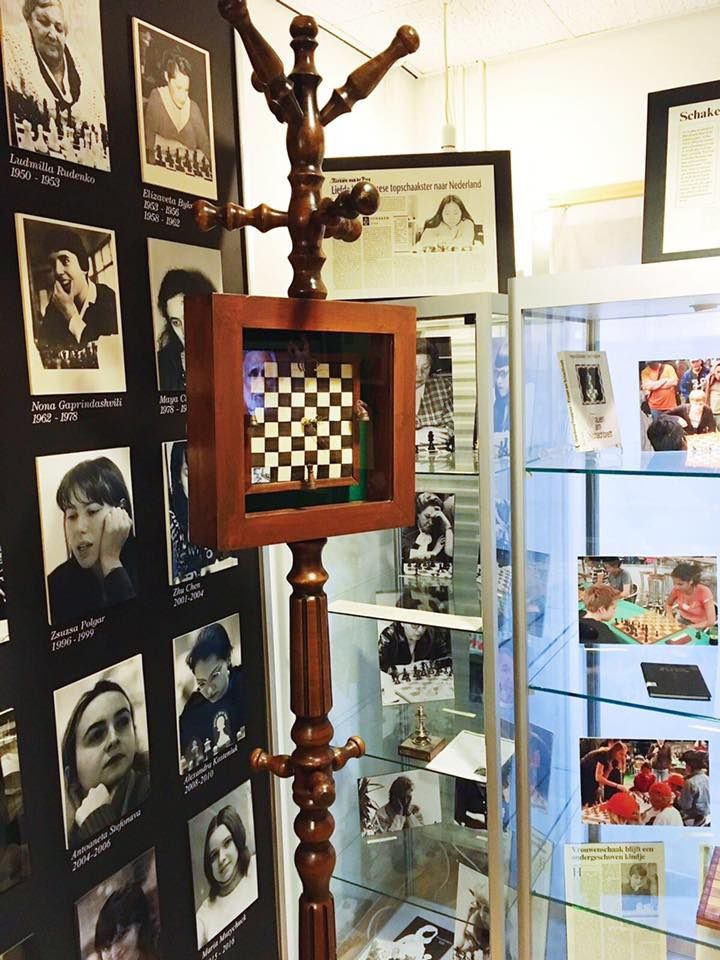 schaakklok 2.jpg
