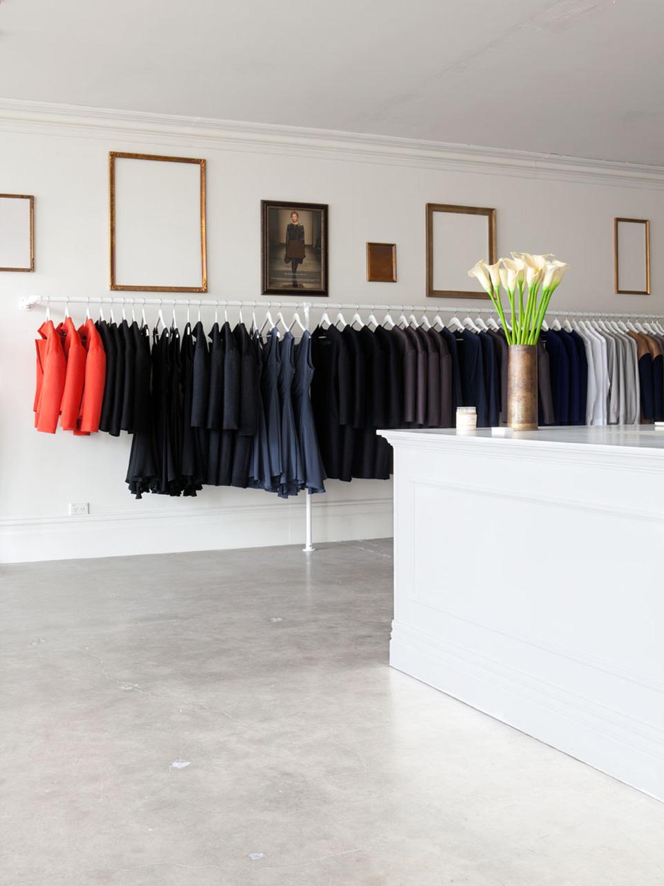 AO Store 1.jpg