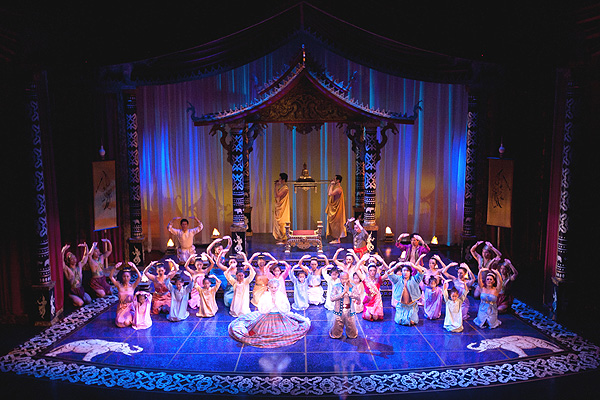 Children's ensemble in The King and I (photo: Mark Garvin)
