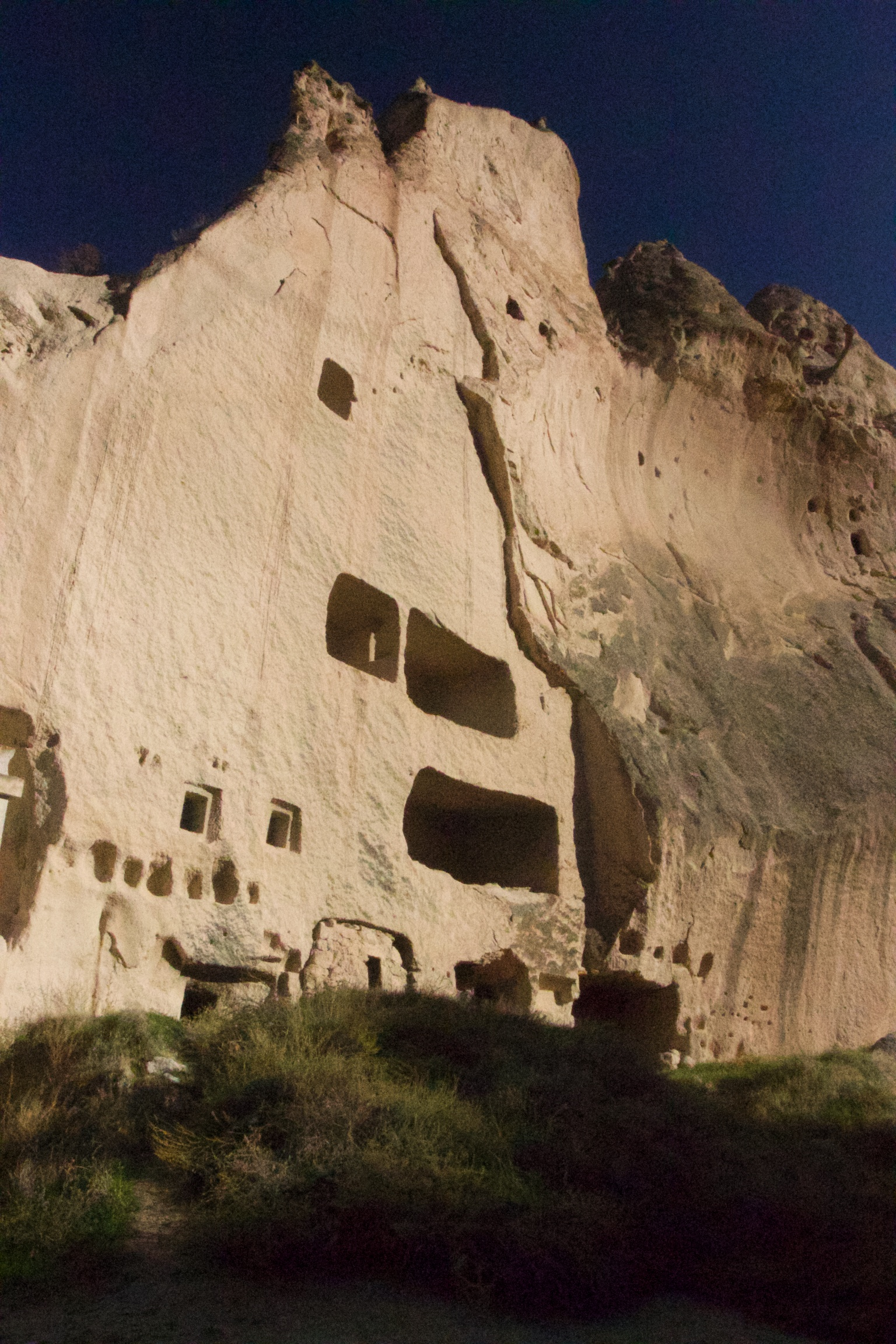 cappadocia-ontheground 12.jpg