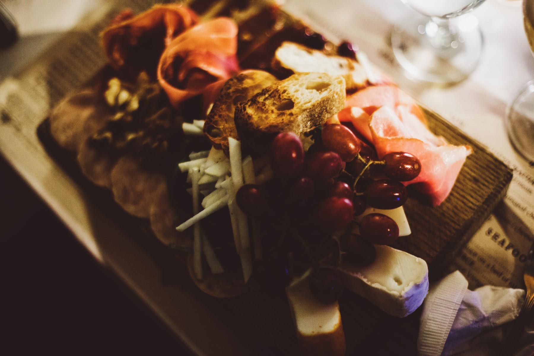 Meat and cheese plate at L'aile ou la Cuisse