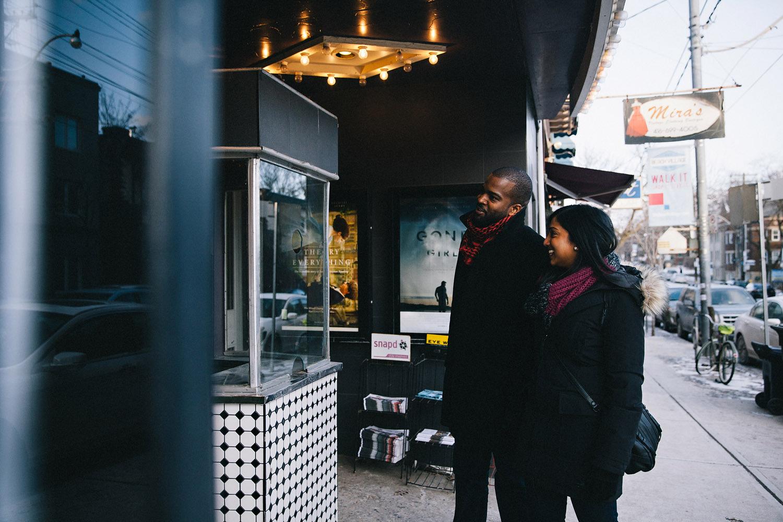 142-fox-movie-theatre-engagement-shoot-in-toronto.jpg