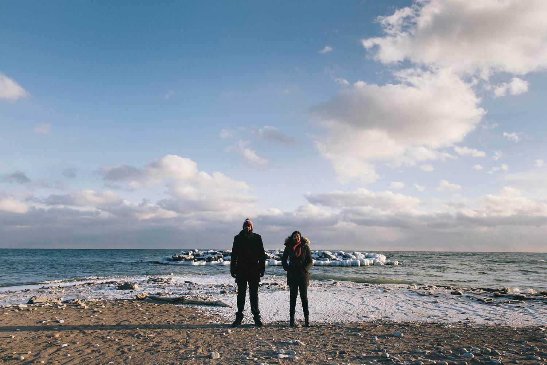 157-beaches-winter-engagement-shoot-in-toronto.jpg