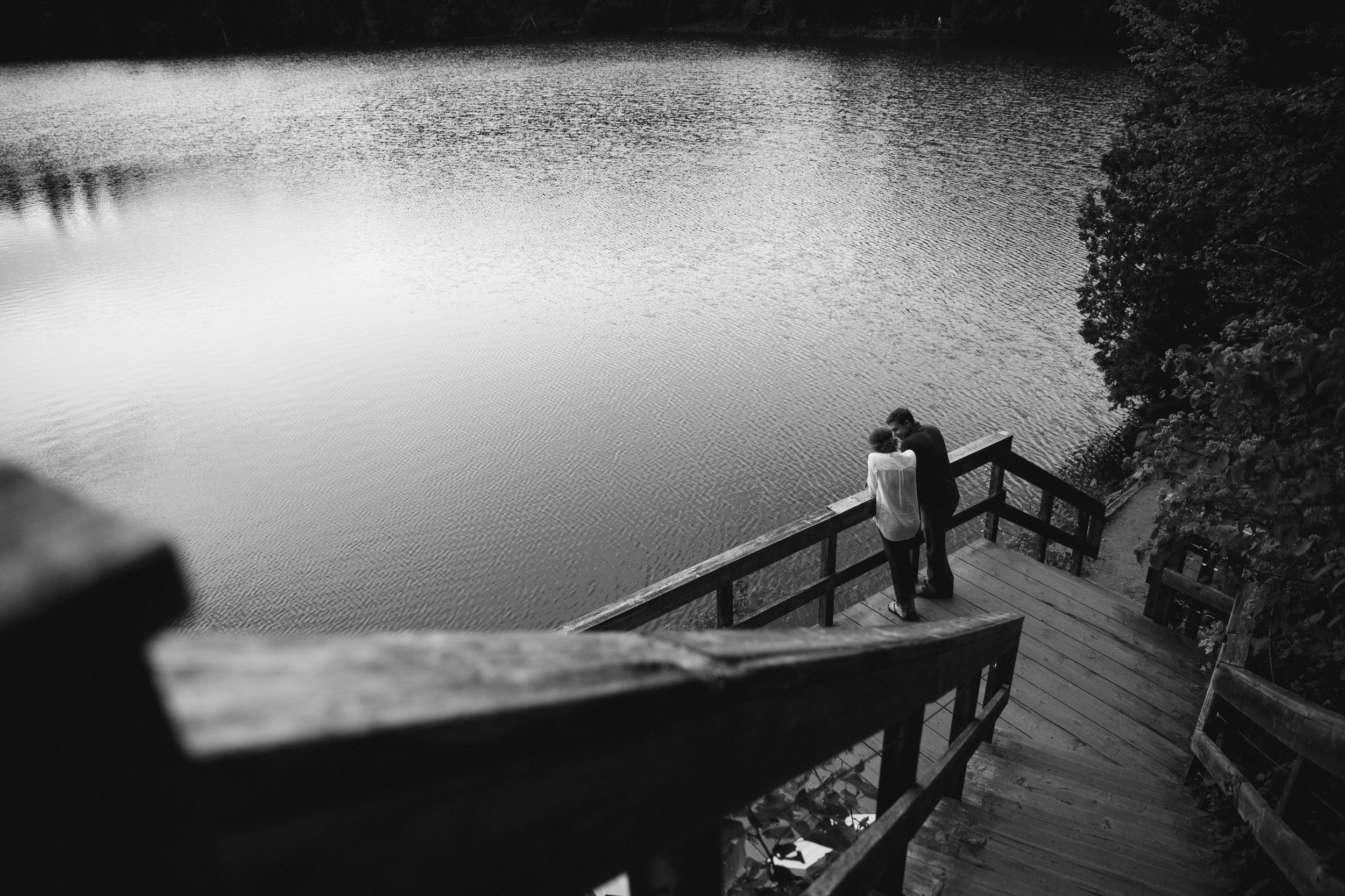 Engagement session on Pink Lake in Gatineau Park