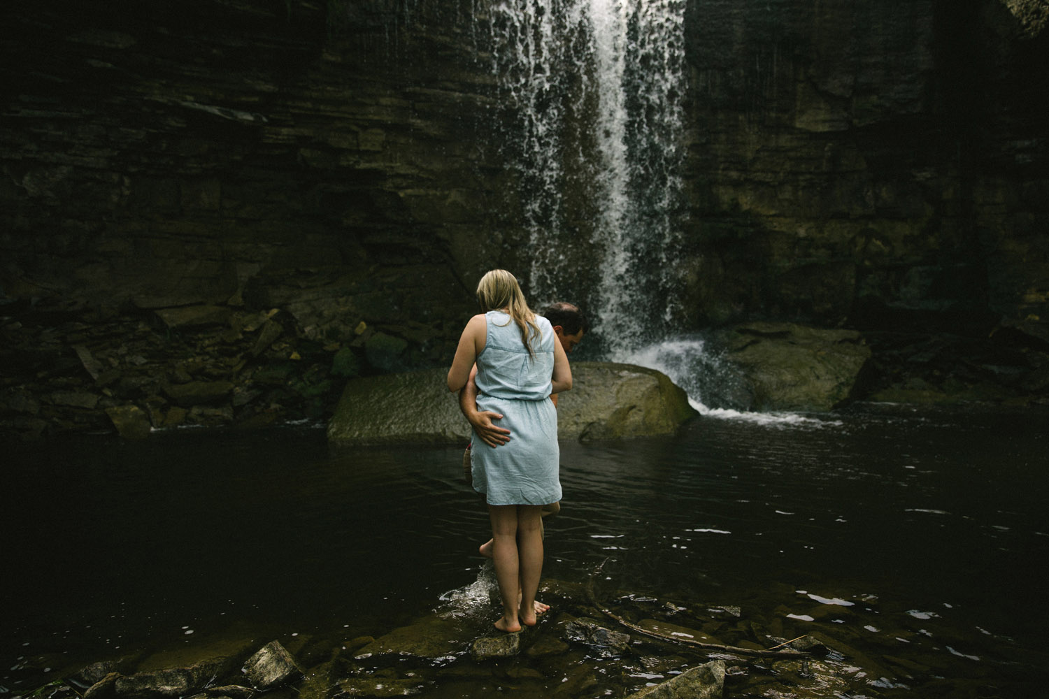 201-WaterfallEngagementSession.jpg