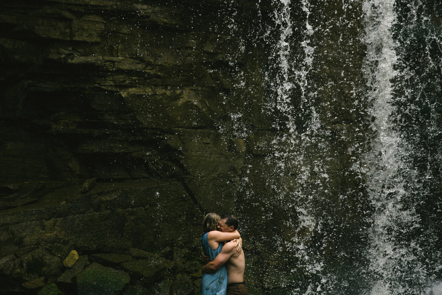 208-WaterfallEngagementSession.jpg