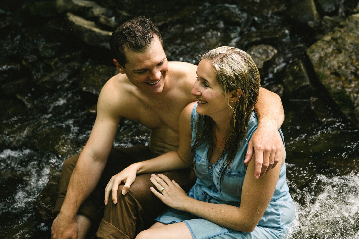226-WaterfallEngagementSession.jpg