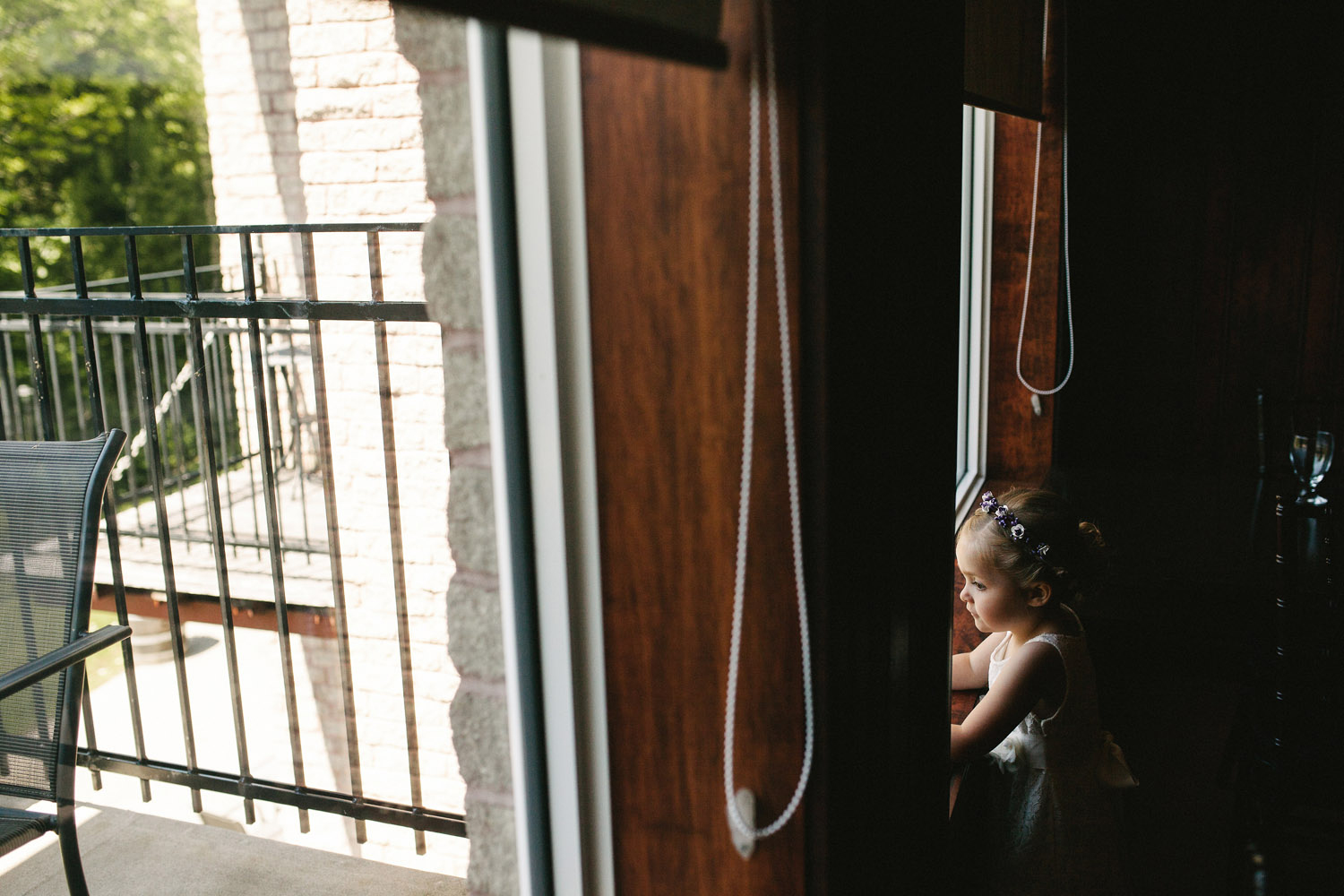 Flower girl plays in windows at Walters Falls Inn