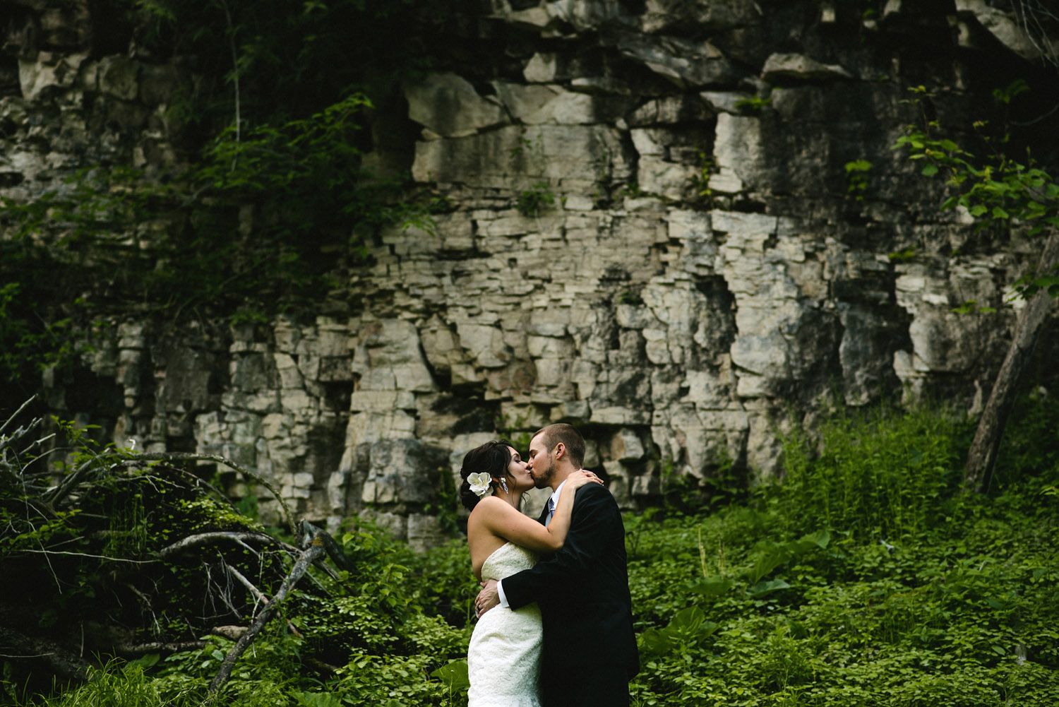 Bridal Portrait in front of Niagara Escarpment