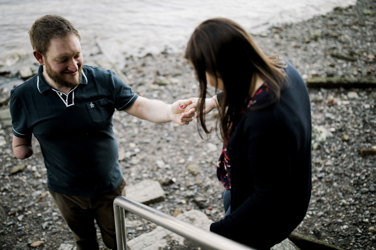 Engagement session along the River Thames