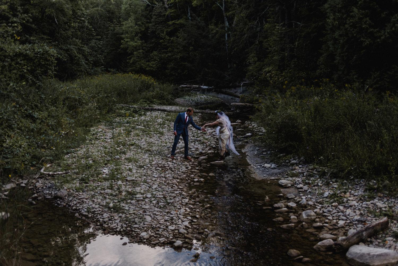 Jennifer-Moher-Hugh-Whitaker-Georgian-bay-wedding-145.jpg