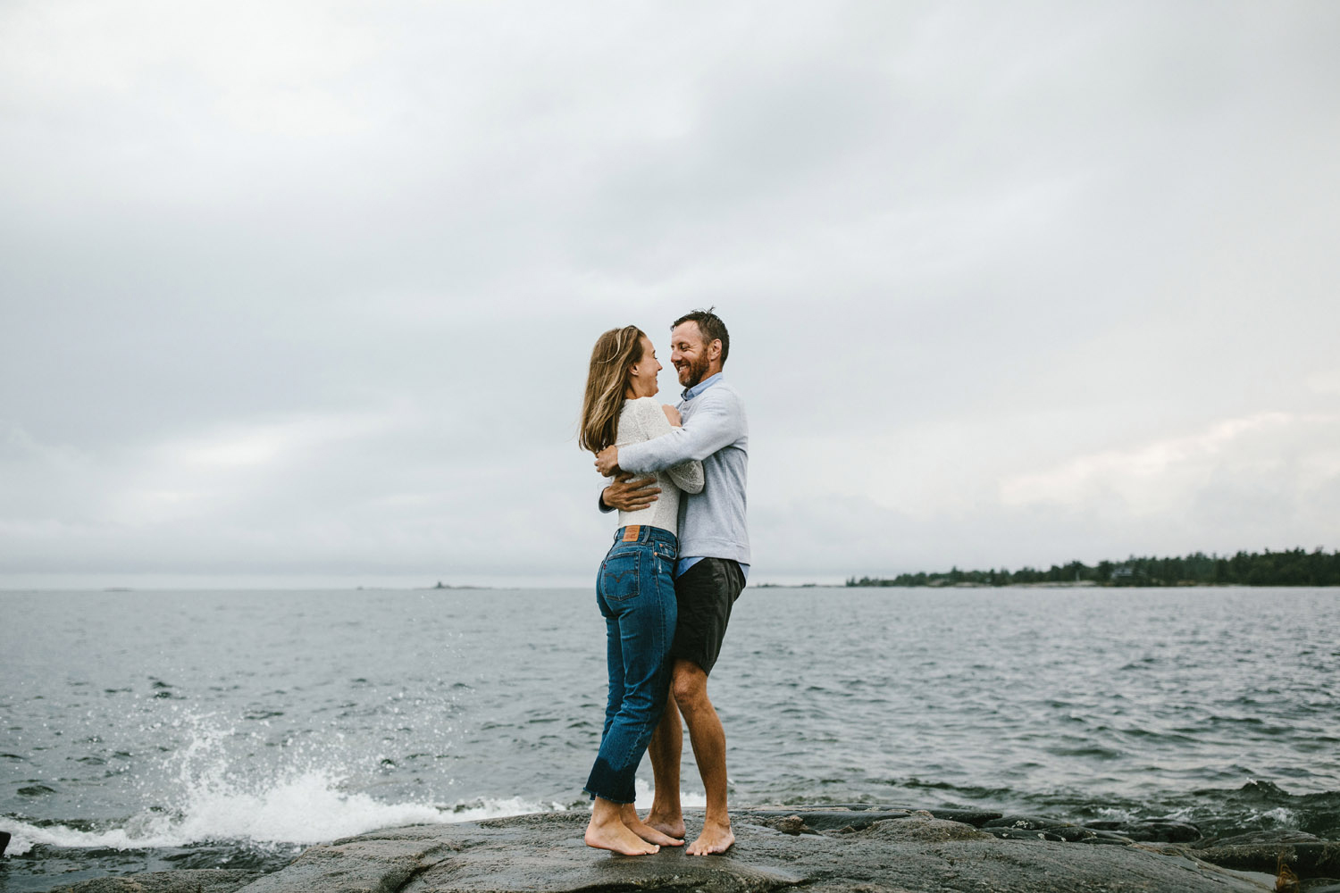 136-rainy-georgian-bay-engagement-session.jpg