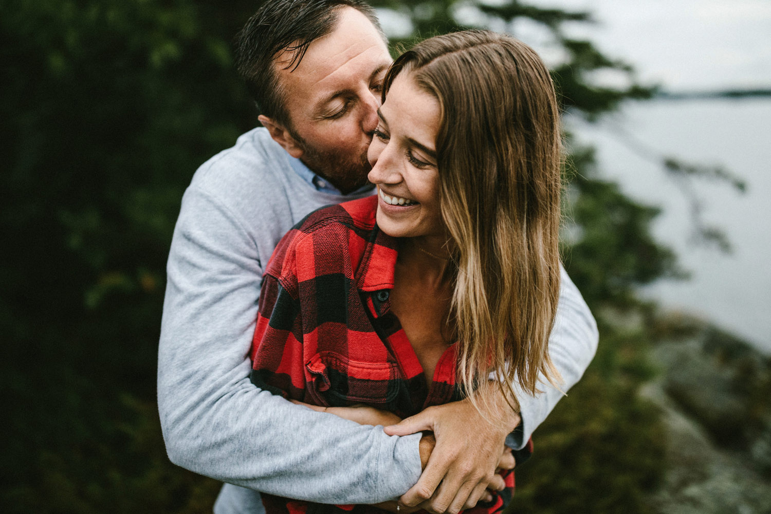 151-rainy-georgian-bay-engagement-session.jpg