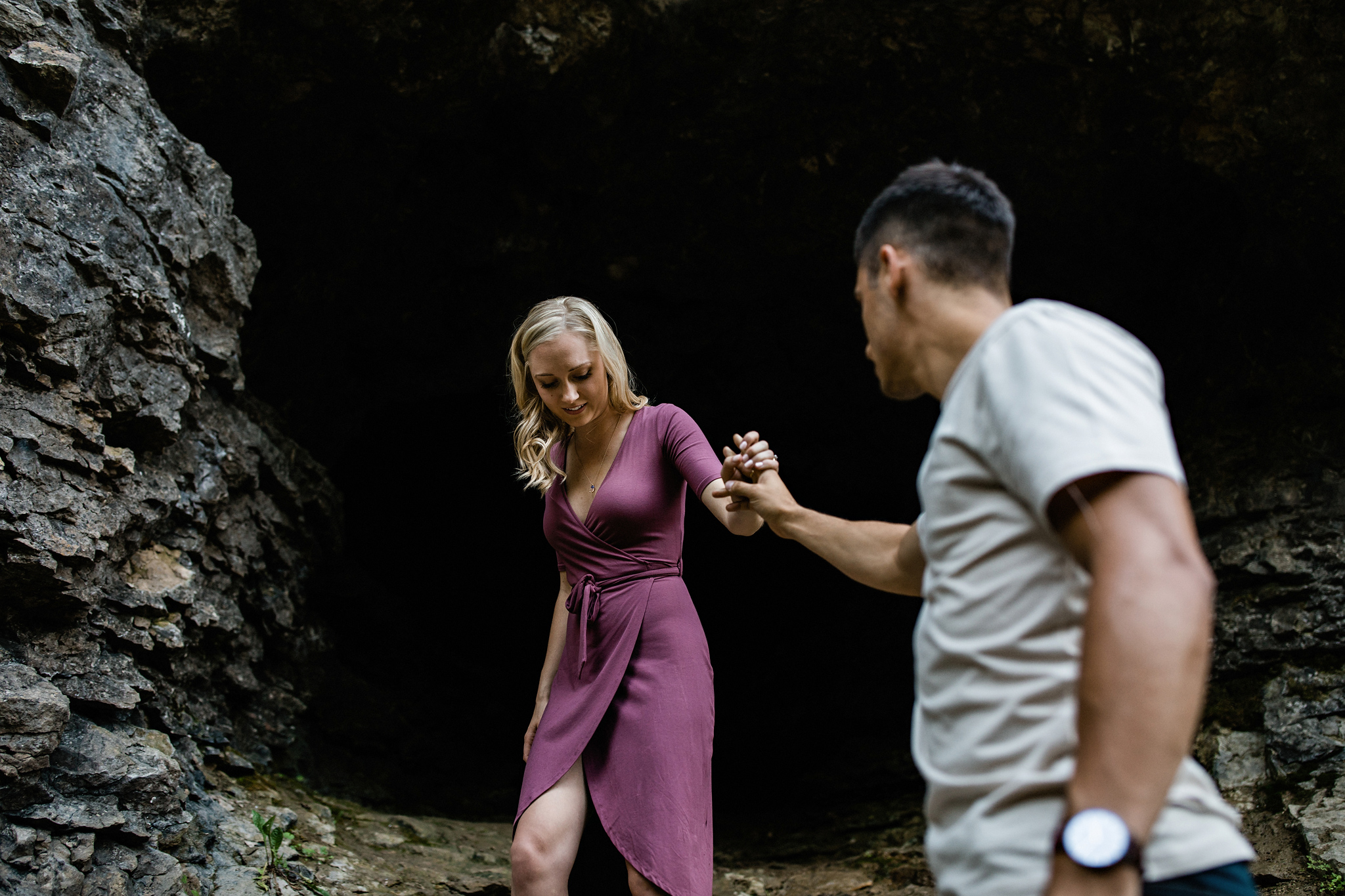 237-romantic-summer-elora-gorge-sunset-engagement-session.jpg