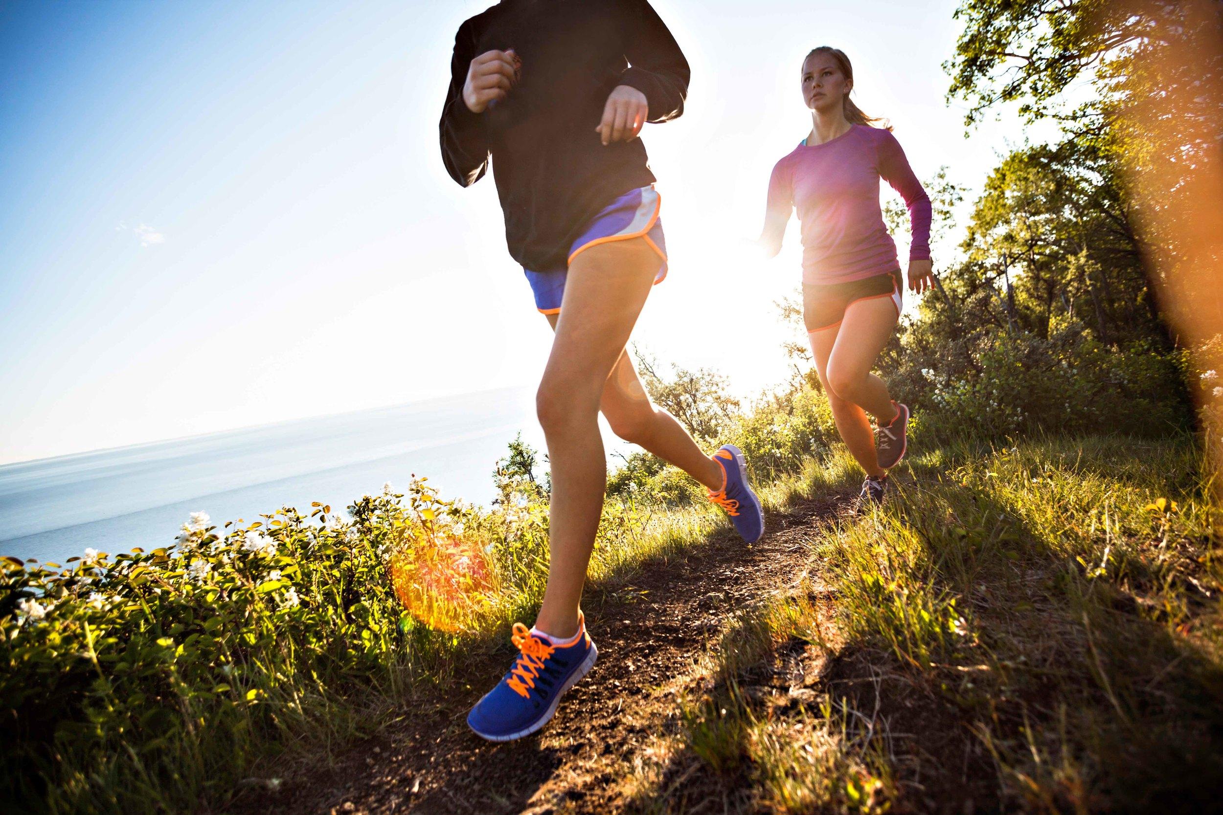 women_trailrunning-1-2.jpg