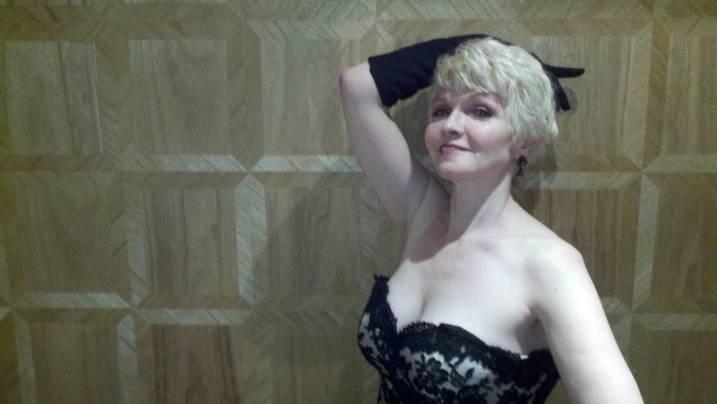 Dee at DGA 2012.jpg