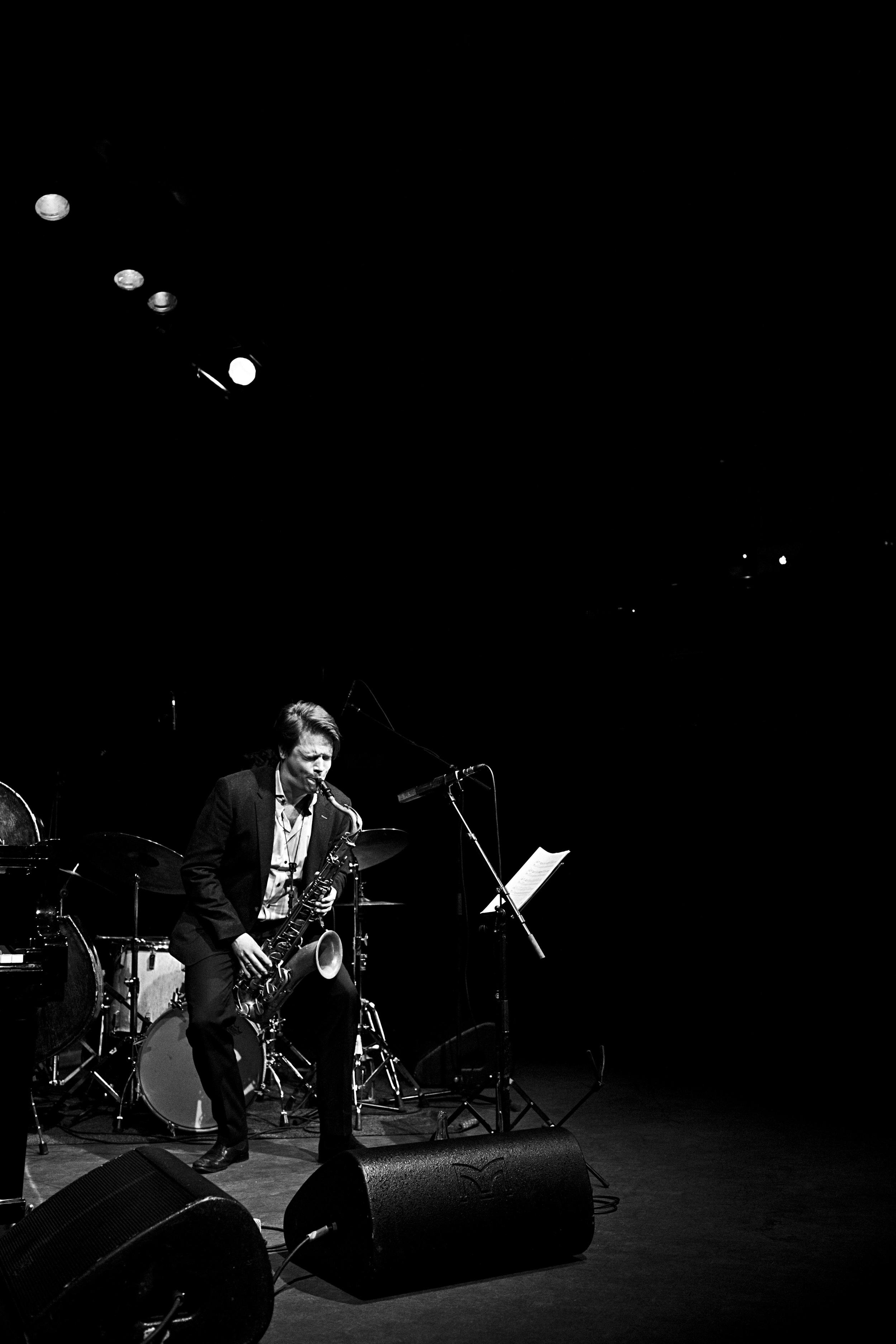 fabian stuertz 2016.02.28 - denis gäbel quartet - stadtgarten 0024-bw.jpg