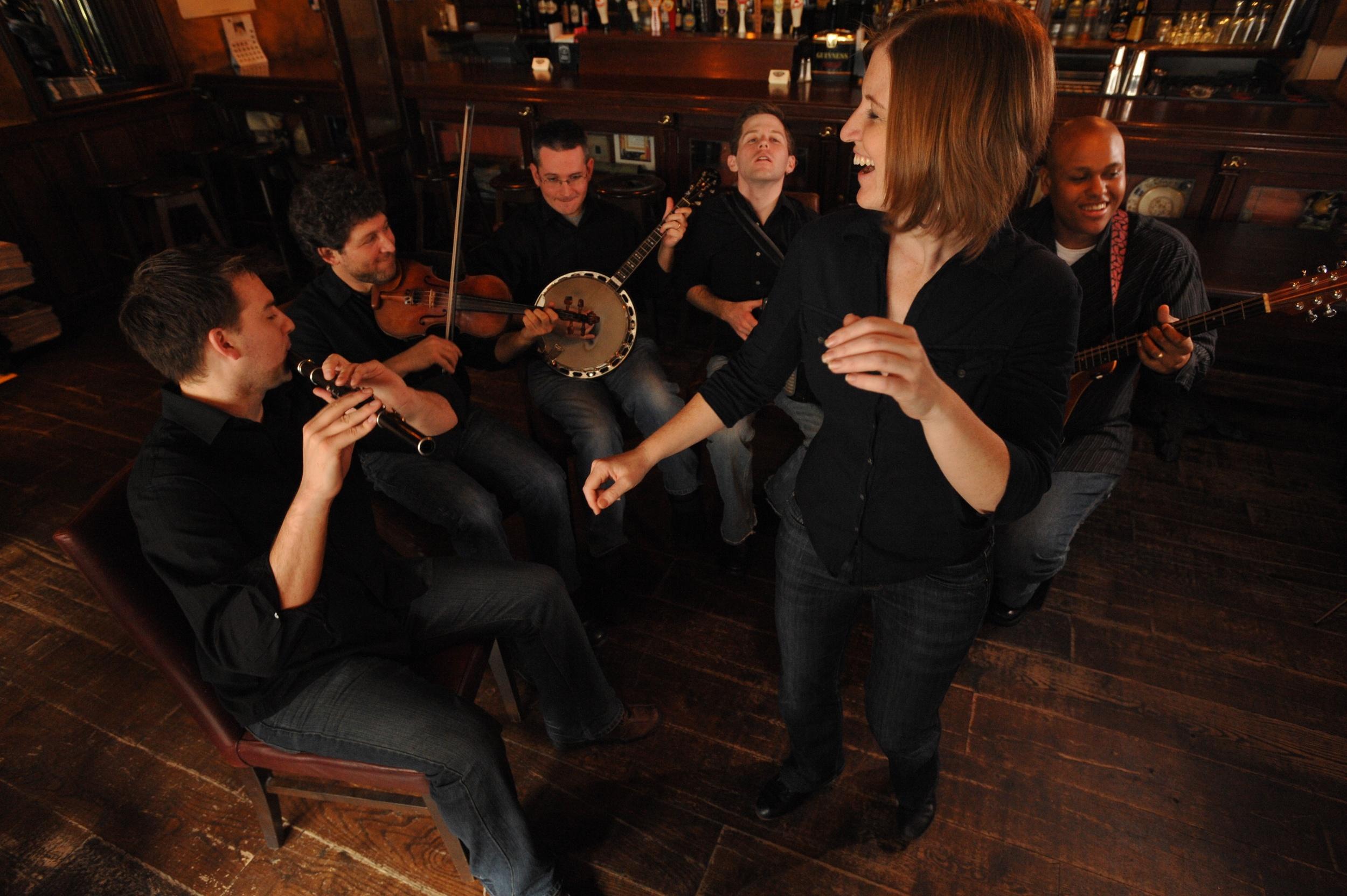 Dancing:Musicians.jpg