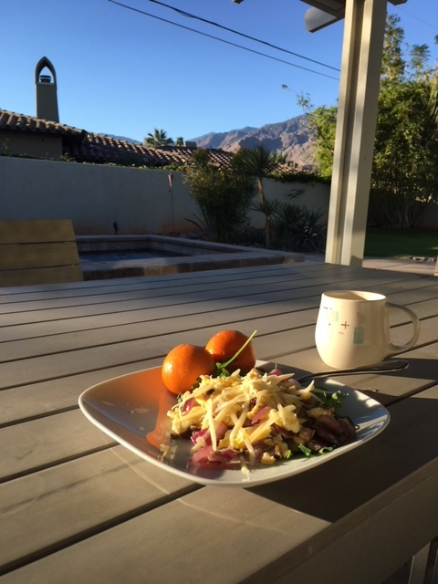 Beautiful morning breakfast with views of the mountains!