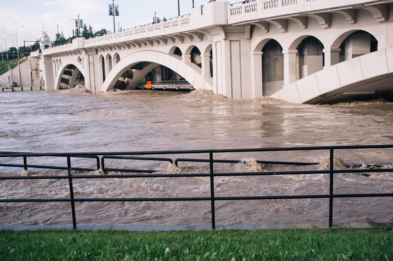 Calgary Flood. Photograph by Andy van der Raadt.