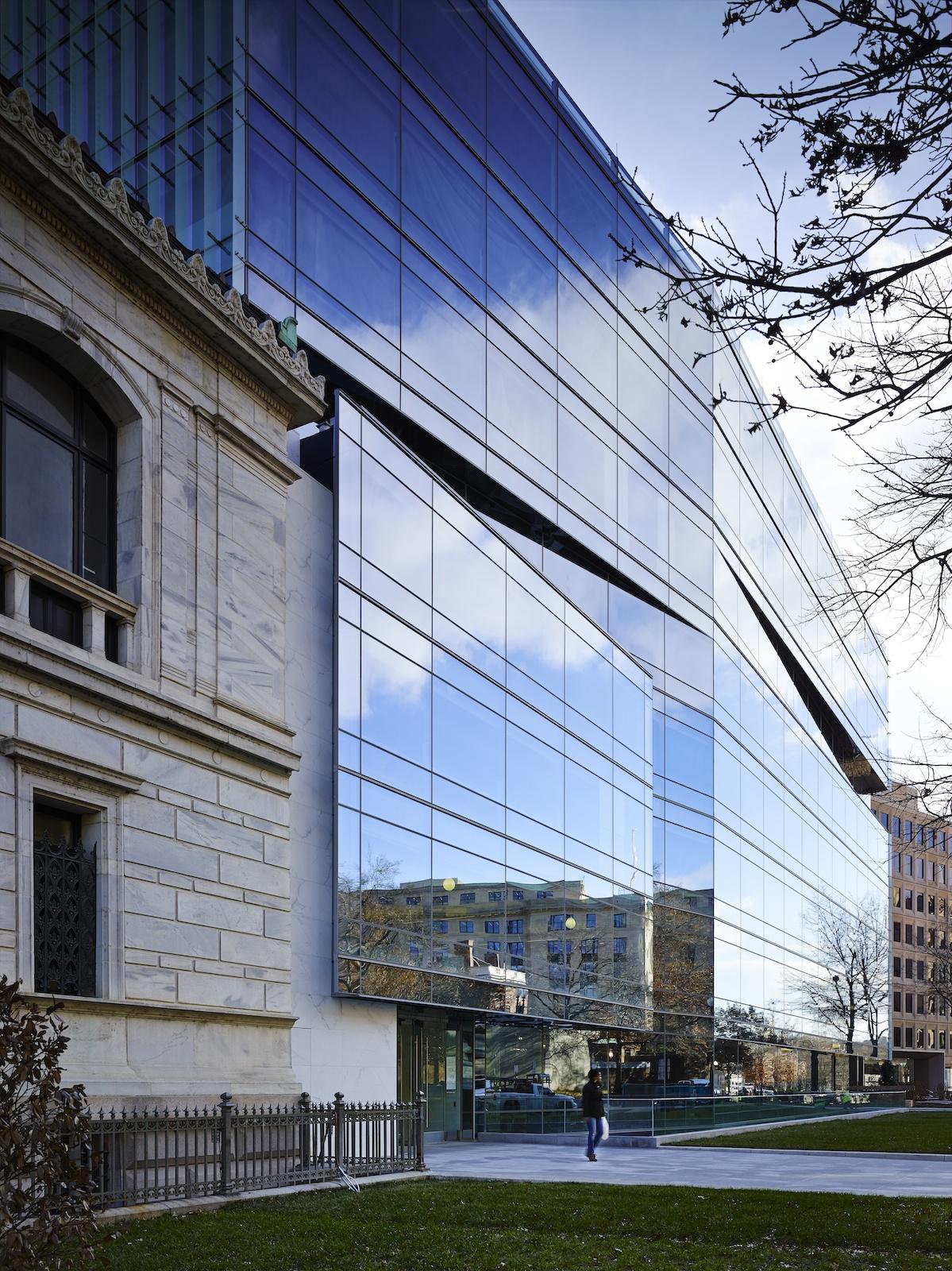 SmithGroupJJR's new DC Office.