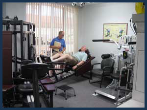 Ike-on-leg-press-in-gym.jpg