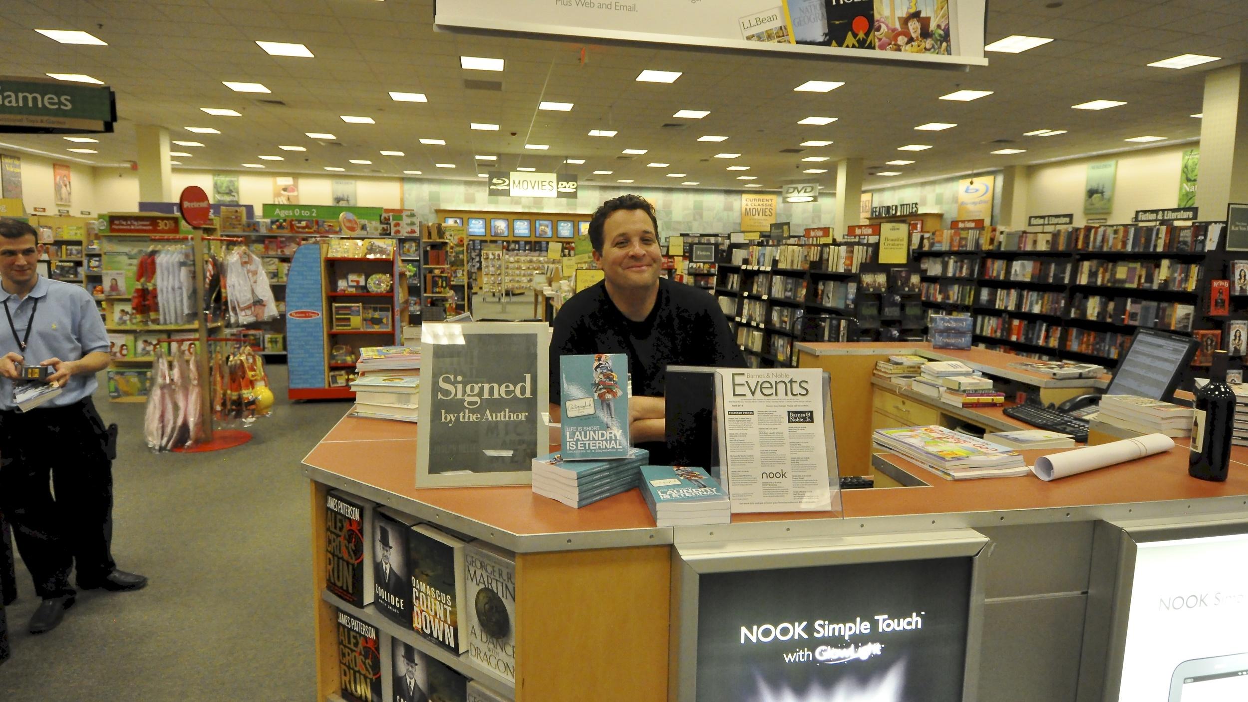 BN Book signing_lisBook_April18_0323.JPG