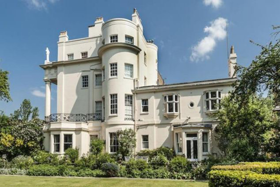 Hirst's new manse has a half acre garden, which in Central London is HUGE