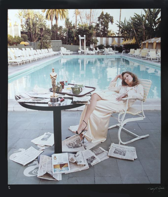 FAYE DUNAWAY PHOTOGRAPH BY TERRY O'NEIL, EST. $2-4,000