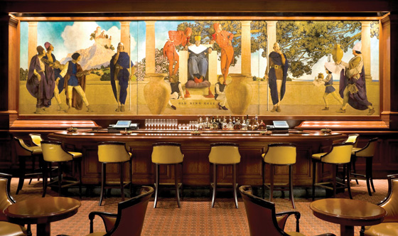 The King Cole Room at The St. Regis with mural by Maxfield Parrish