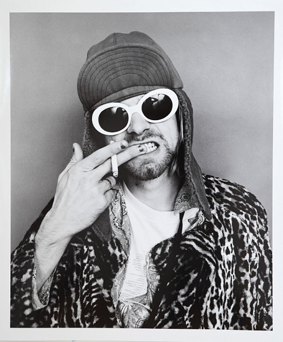 1423779221-kurt-cobain-jesse-frohman-black-and-white.jpeg