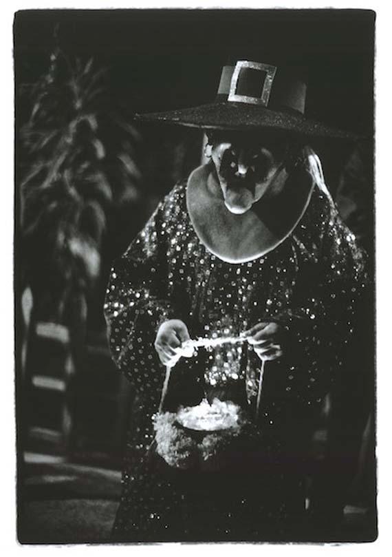 7.-Dia-de-Muertos_Mexico_Jessica-Lange-.jpg