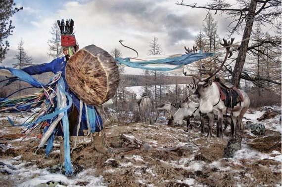 mongolia_reindeer_tribe_10.jpg