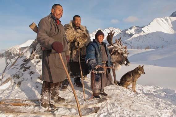 mongolia_reindeer_tribe_11.jpg