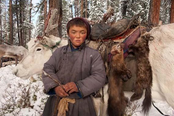 mongolia_reindeer_tribe_12.jpg