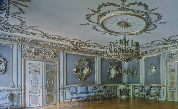 thurn-and-taxis-palace-book-07.jpg