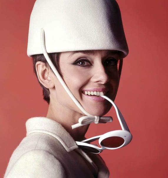 Annex - Hepburn, Audrey (How to Steal a Million)_02.jpg