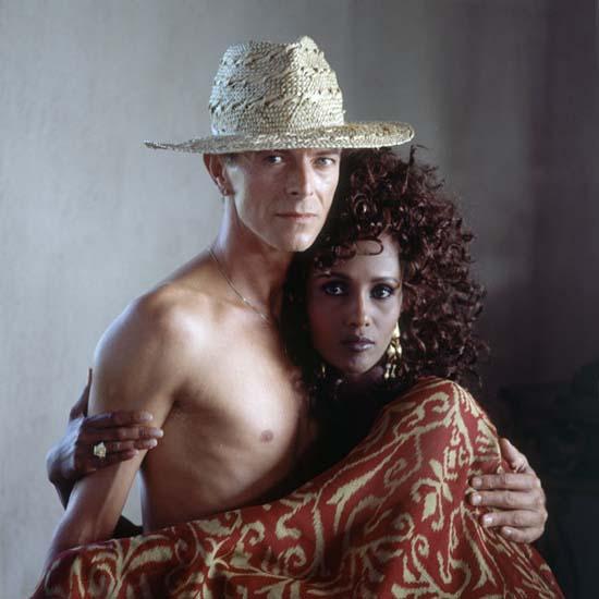 dam-images-celebrity-homes-1992-david-bowie-david-bowie-iman-portrait.jpg