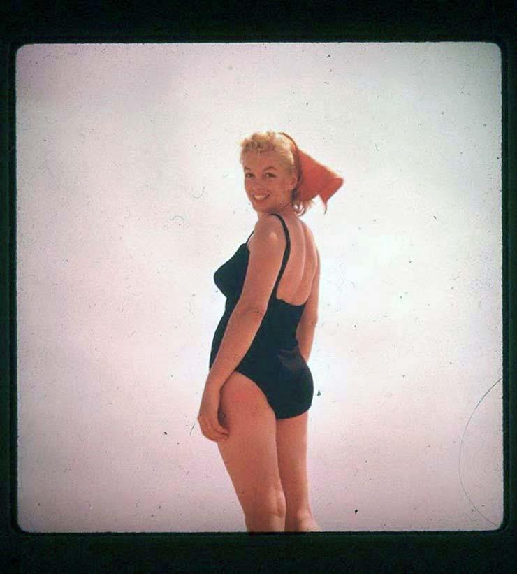 marilyn-monroe-on-vacation-in-amagansett-new-york-1957-5.jpg