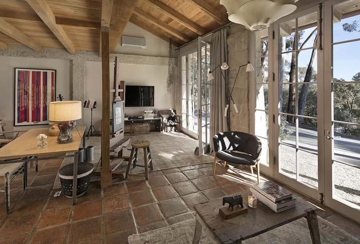 32-2840HiddenValley_18-Guest+Apartment.jpg