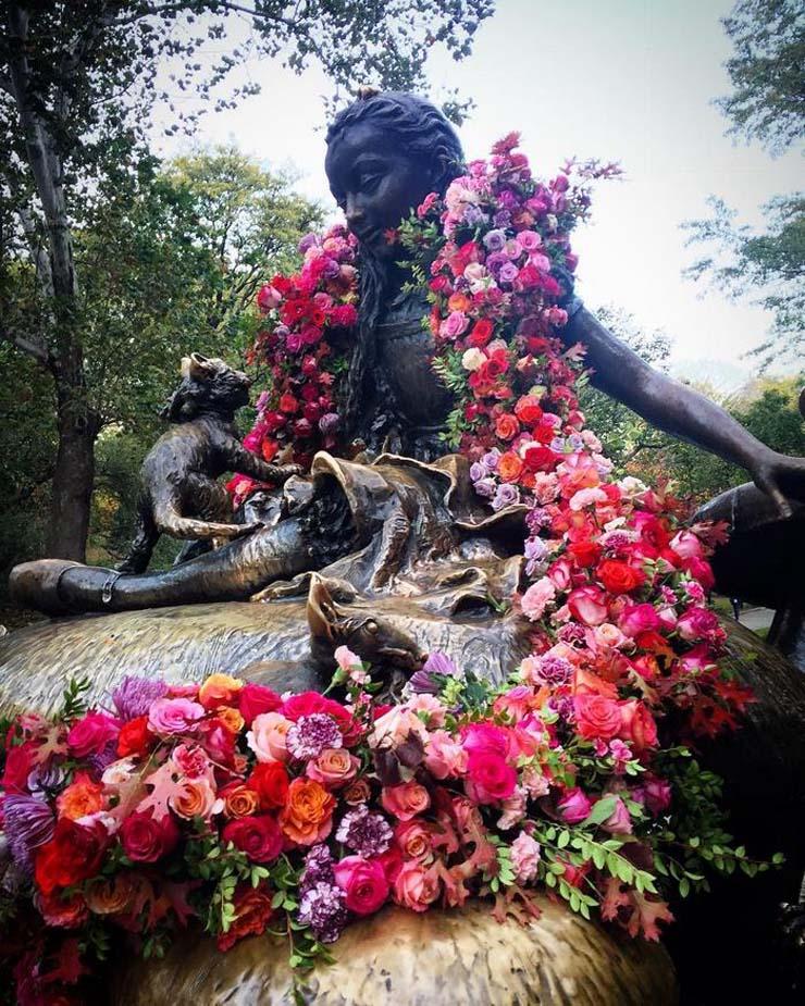 trash-cans-flowers-new-york-lewis-miller-3.jpg