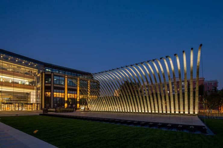 http---cdn.cnn.com-cnnnext-dam-assets-180530105930-serpentine-pavilion-beijing-2.jpg
