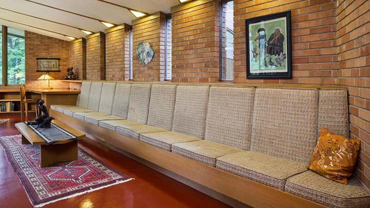frank-lloyd-wright-house-long-couch-640x360-c.jpg