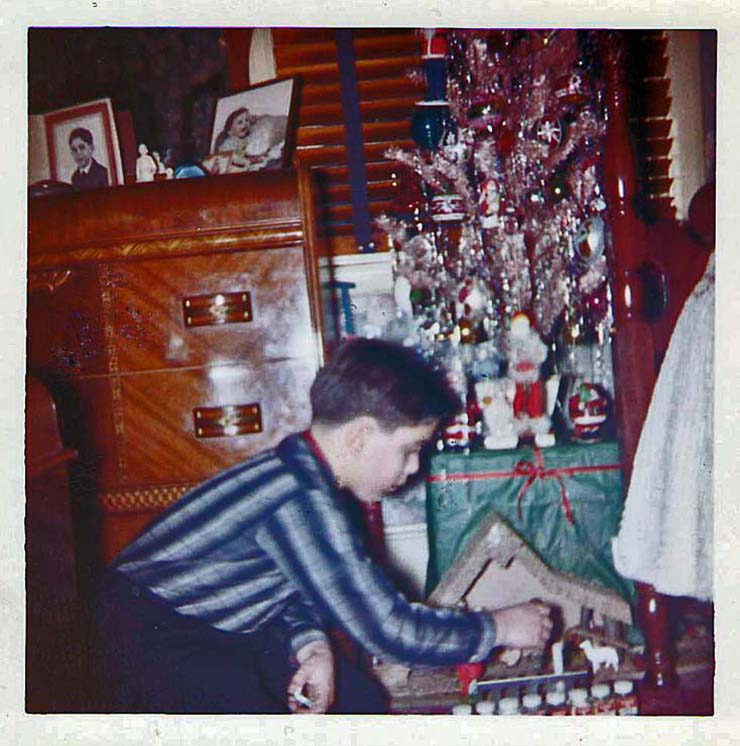 Aluminum_Christmas_tree_-_1959.jpg