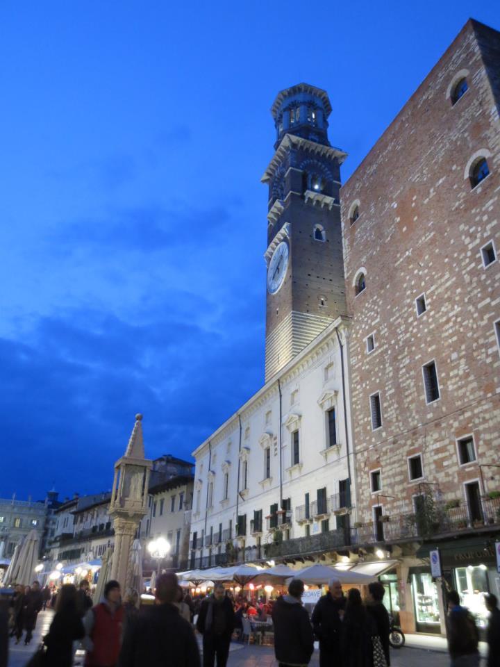 Piazza Bra in Verona, the emotions of wine...