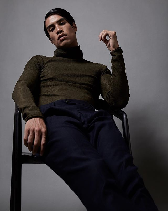 SETTELED @lucysmagazine ⠀⠀ PHOTOGRAPHER @_carlofernandes ARTDIRECTOR & STYLING @goldfoxcreative GROOMING @wograndlsandra MODEL @_michaelbui @chadwickmodels #ipreview via @preview.app